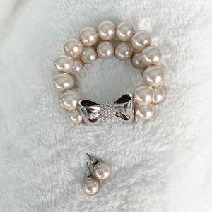 Pearl Bracelet and Earring set